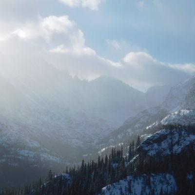 Dream Lake trail looking at Longs Peak area