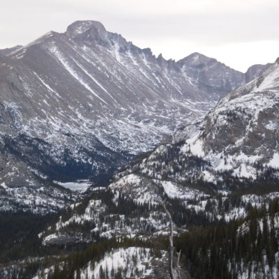 Great views from the trail between Nymph and Dream Lake.