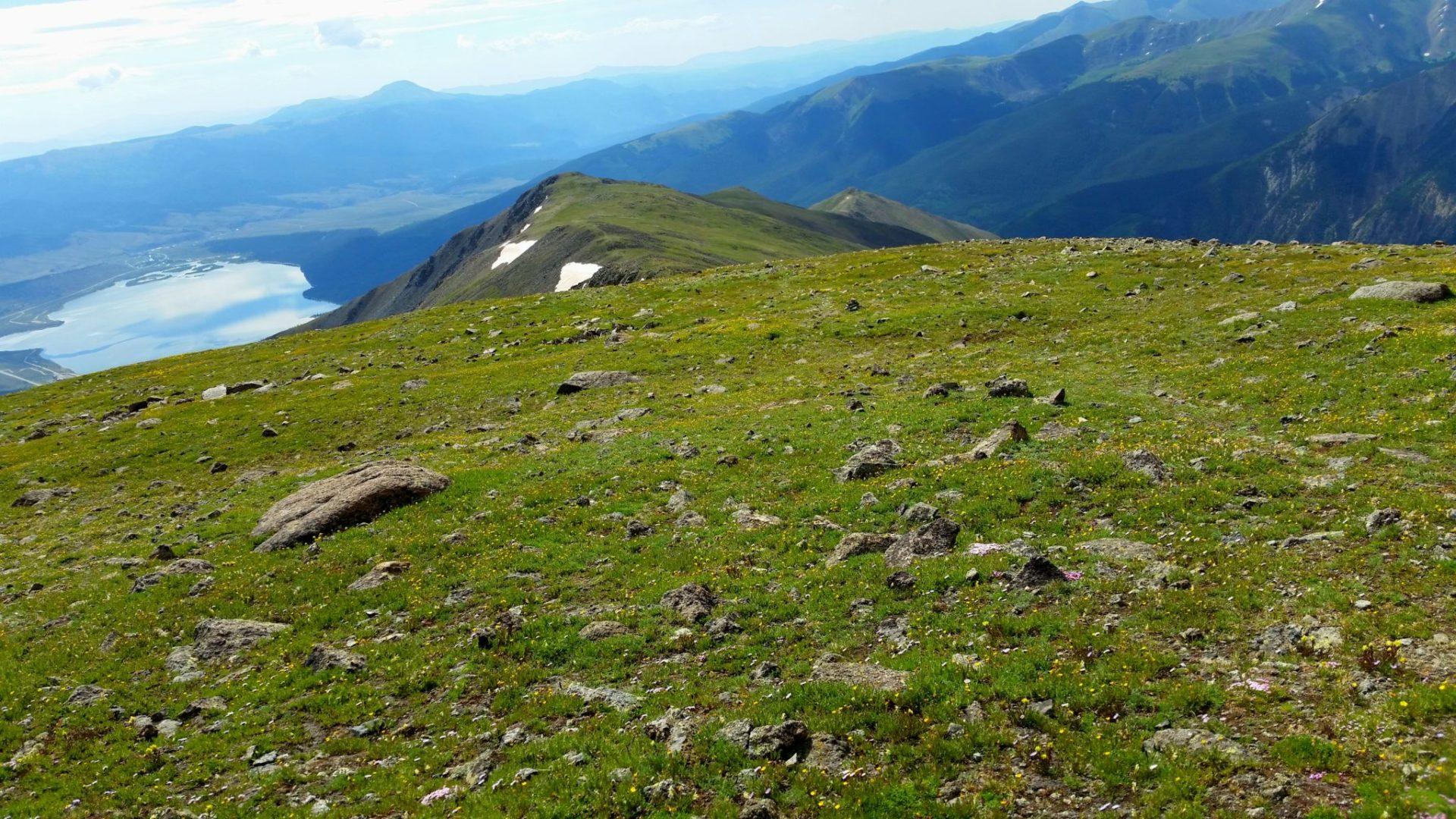 Mt Elbert ridge with Twin Lakes on the left