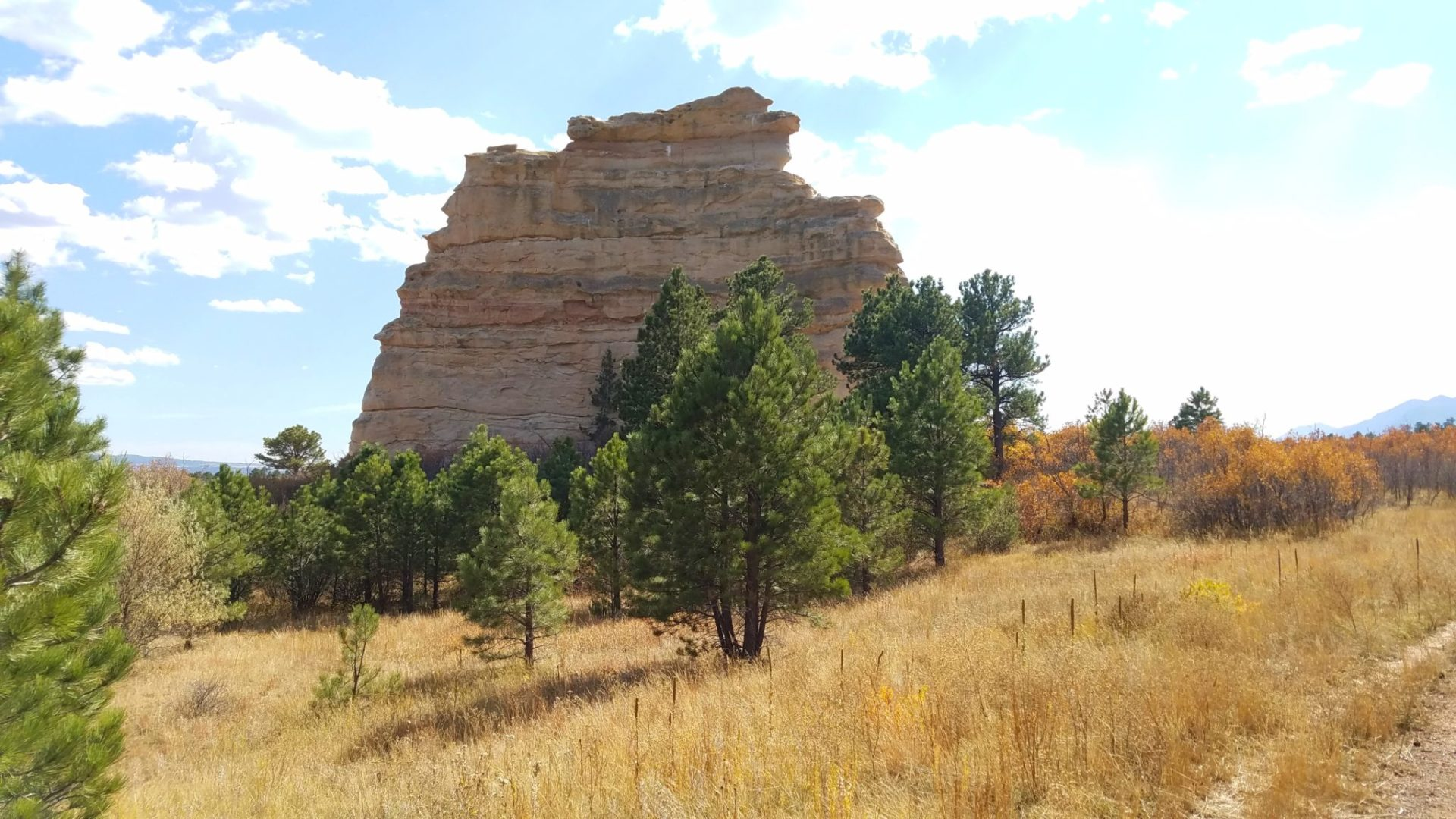 Approaching Monument Rock