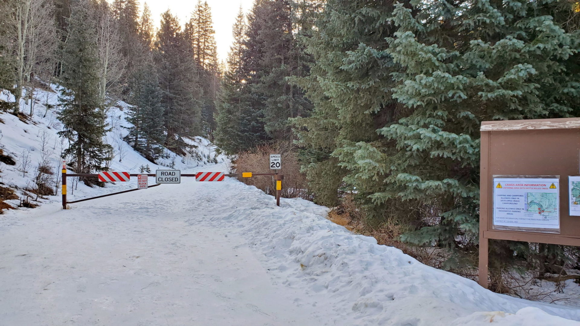 Winter road closure 1.1 miles from the trailhead