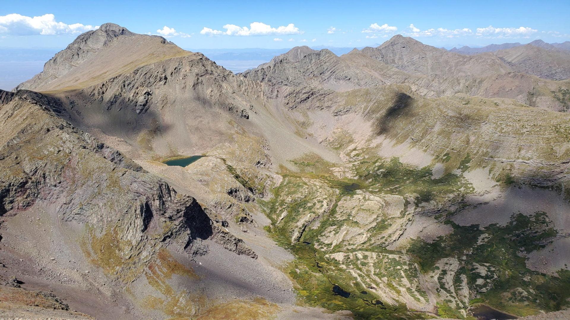 Massive peaks